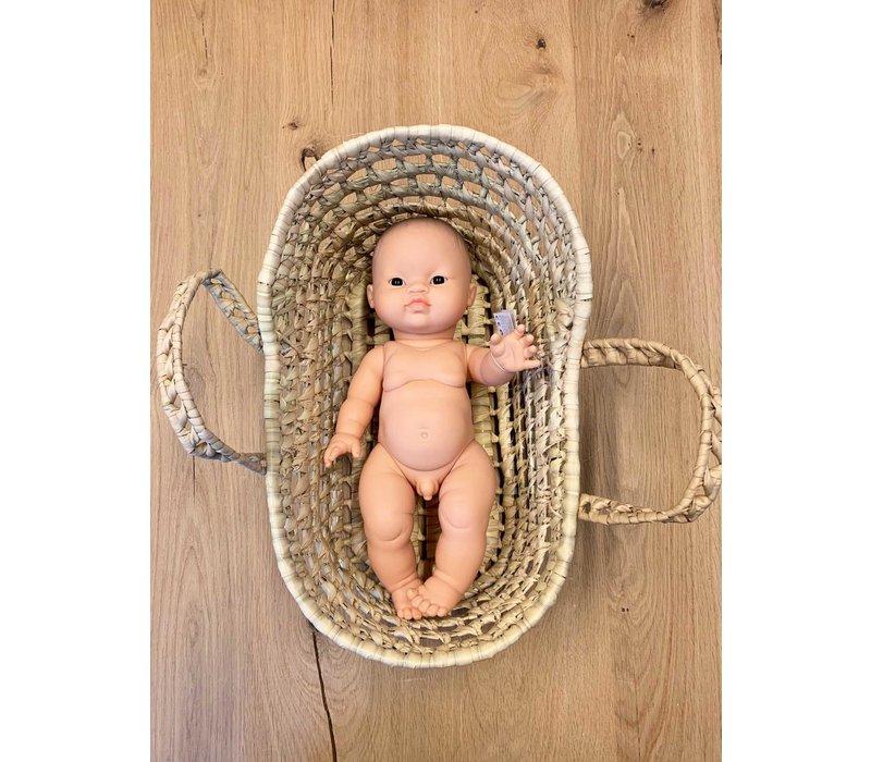 Mrs. Strawberry dolls wicker moses basket mini