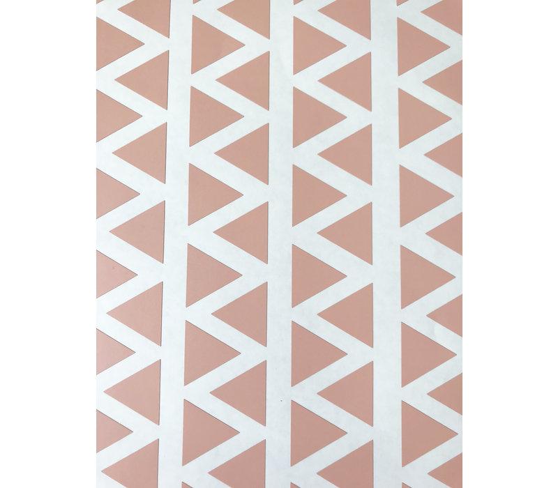 Mevrouw Aardbei 95 muurstickers driehoek oud roze 2,2 cm