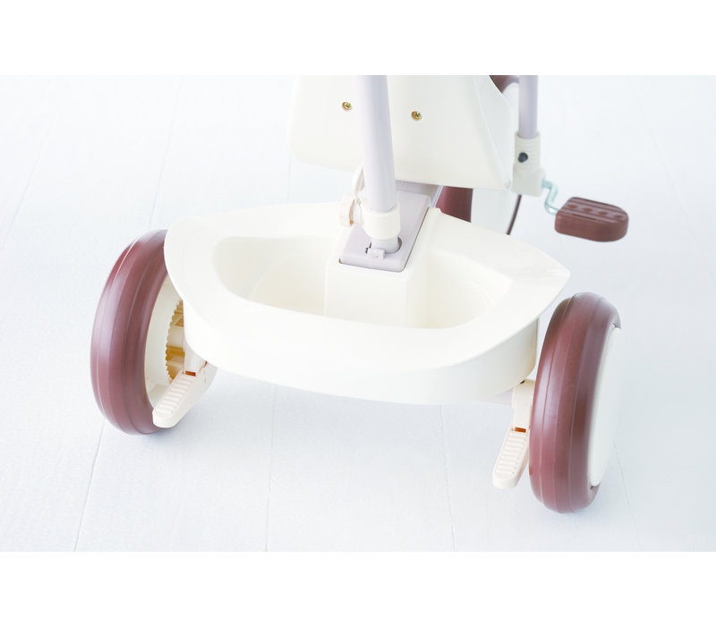 IIMO white tricycle
