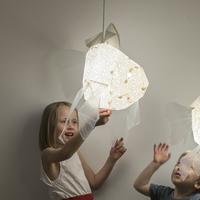 Vasili Lights hanglamp moeder goudvis - wit