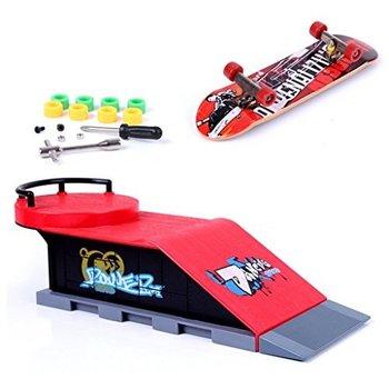 Skatepark Skatepark Grind circel met skateboard