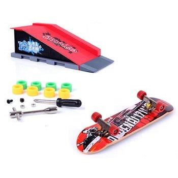 Skatepark Skatepark Grind box met skateboard