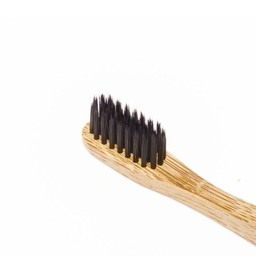 Nordics Oral Care Bamboe tandenborstel met houtskool (zwart)