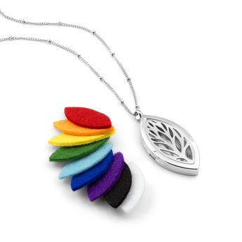 AromaLove Leaf shaped aroma necklace