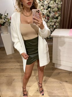 Knitted vest creme