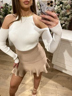 Cut Out Top Creme