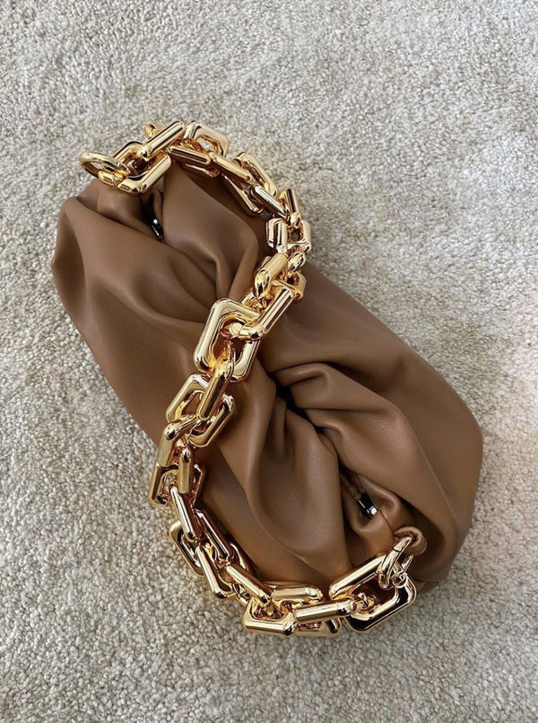 Chain Pouch Camel