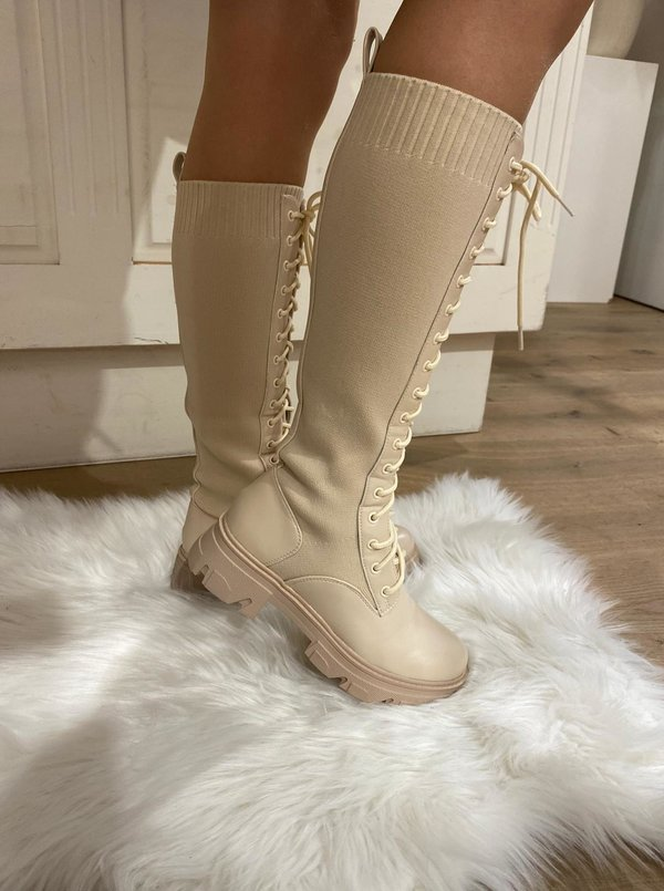 Noa Lace up Boots Beige