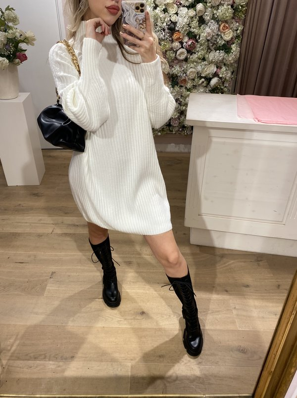 Bobby sweater dress creme