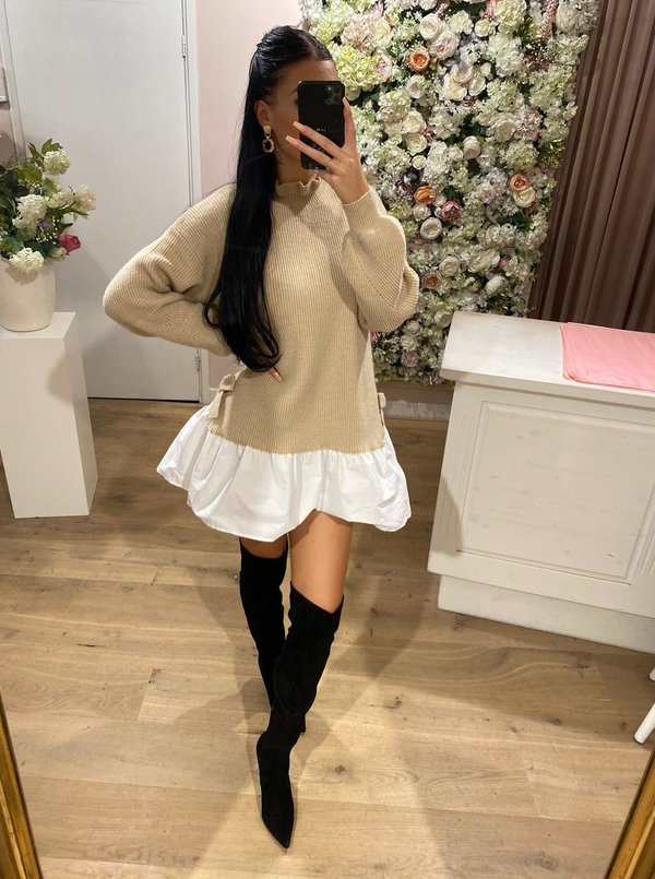 Cutie sweater blouse beige