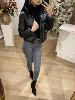 Faux leather bomber black