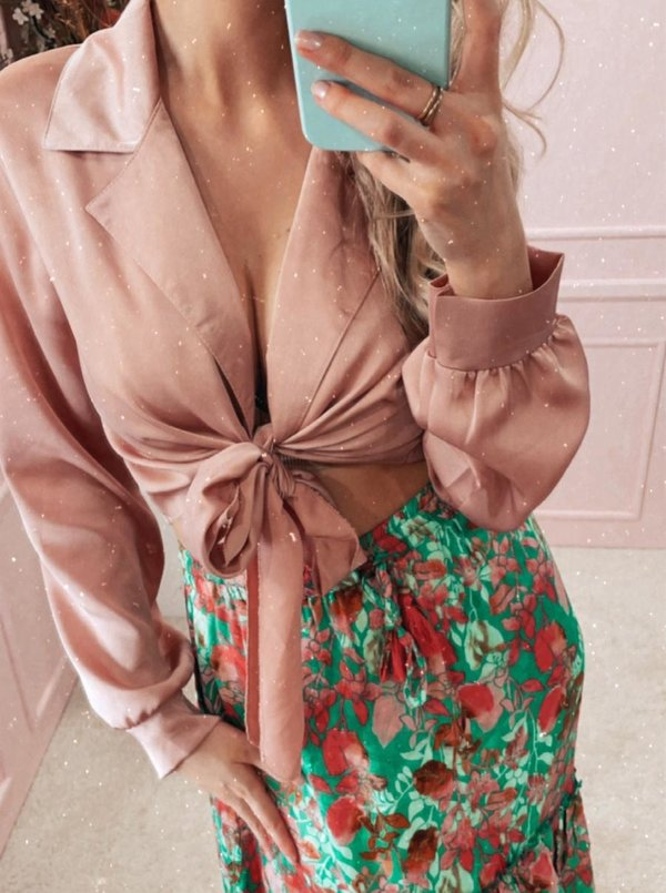 Silky knotted blouse blush