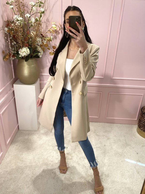 Button trenchcoat sand