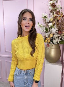 Cable sweater yellow