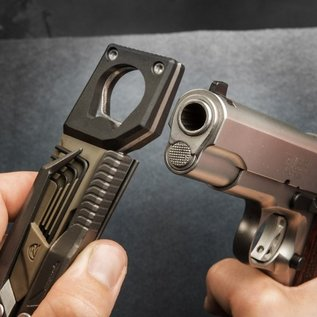 Real avid Multitool pistool