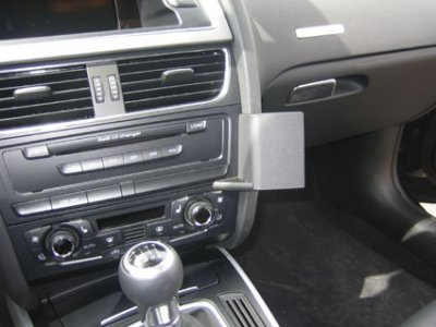 Brodit Audi A5 mounting bracket center