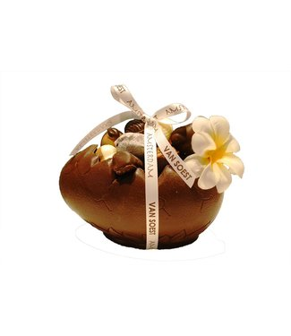 EGG FILLED WITH OUR SIGNATURE CHOCOLATES