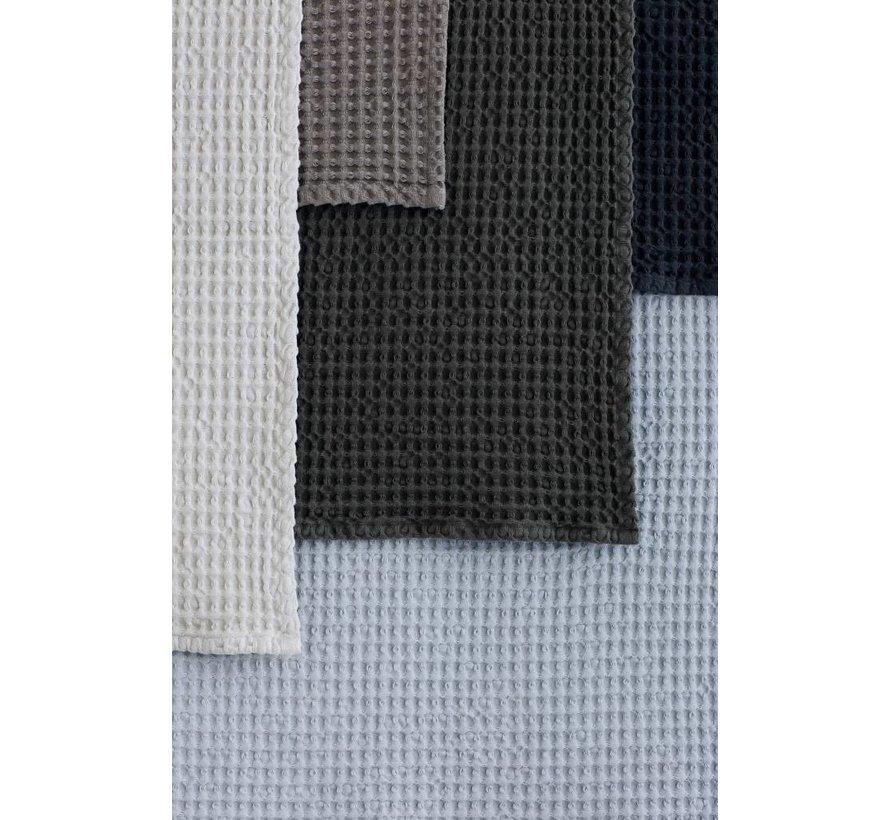 Badehåndklæde CARO vaffelmønster 70x140 cm farve Ashley Blue (69182)