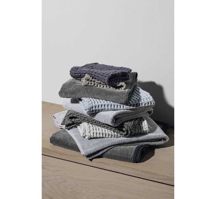 Håndklæde CARO vaffelmønster 50x100 cm farve Ashley Blue (69183)