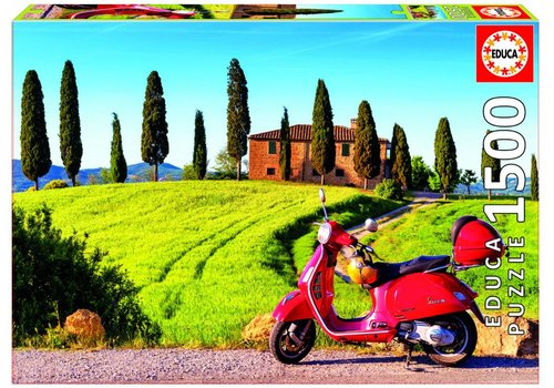 With the Vespa scooter in Tuscany - 1500 pieces