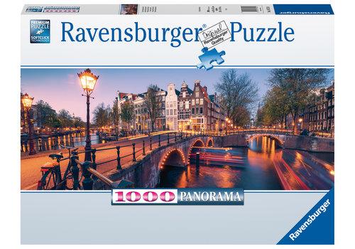 Ravensburger Avond in Amsterdam  - 1000 stukjes panorama