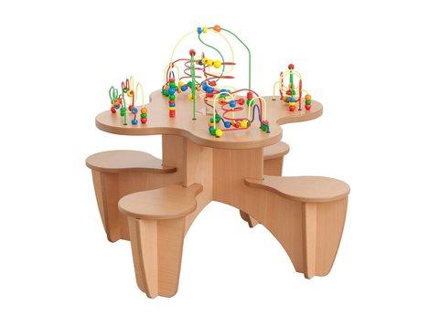 Kralentafel met stoeltjes