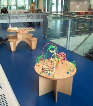 inrichting wachtzaal met een speelhoek