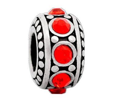 Bedels en Kralen Bedel steentjes rood zilverkleurig voor bedelarmbanden