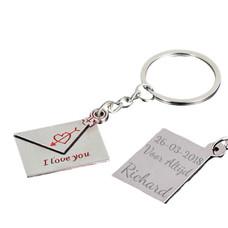 Sleutelhanger Graveren Sleutelhanger envelop ''I love you''- Rood zilverkleurig