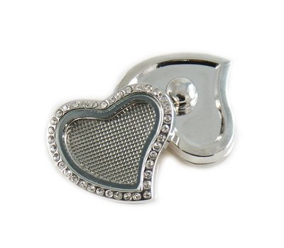 Clicks en Chunks | Click memory locket hart met strass