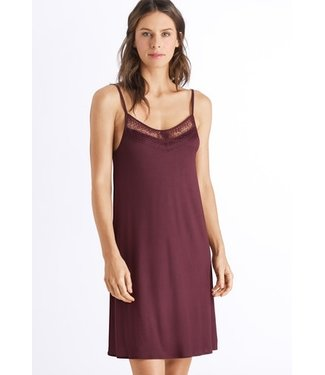 Amanda Spaghetti Dress Plum (NEW)