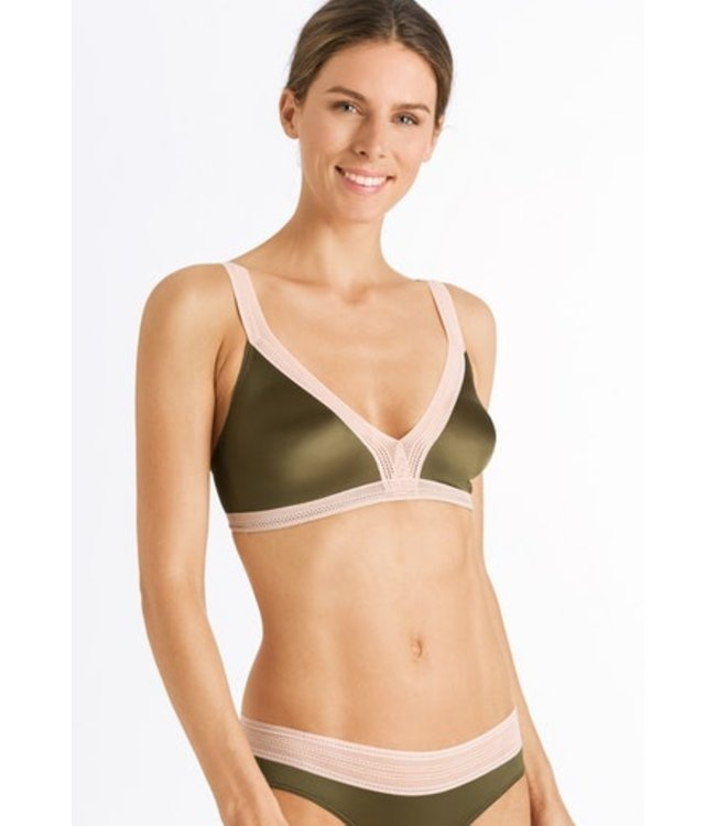 Nori Soft Cup Bra Strong Olive (SALE)