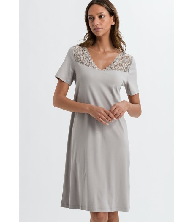Moments Nightdress Essential (NEW ARRIVALS)