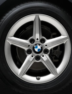 BMW BMW Winterwielset 1-Serie & 2-Serie F20/F21/F22/F23 Star spoke