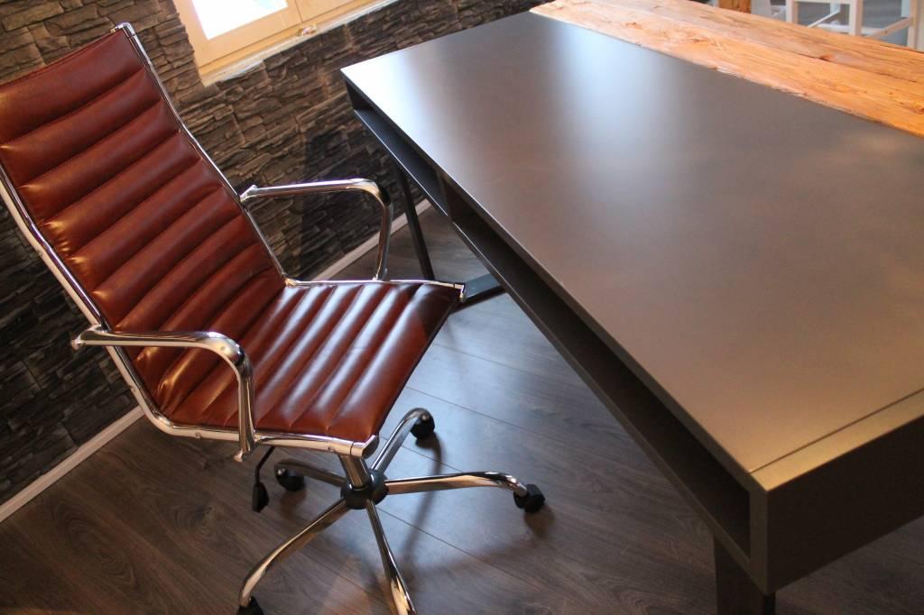 """Schreibtisch """"Paul"""" Industrial-Design"""