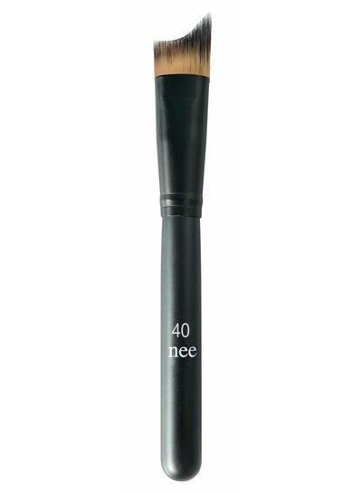 Nee High Definition Foundation Brush nr40