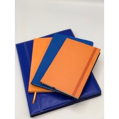 Twee notitieboekjes A5 met leeslint