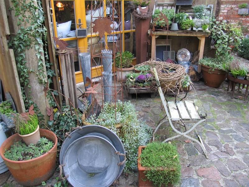 Herbstliche Impressionen im Garten und Ladengeschäft