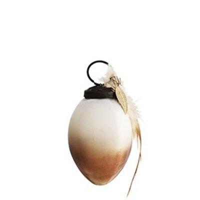 Kupferfarbenes Ei