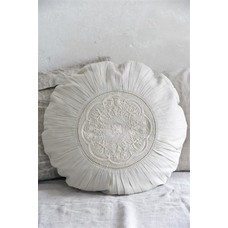 Jeanne d'Arc Living Cushion cover embroidery