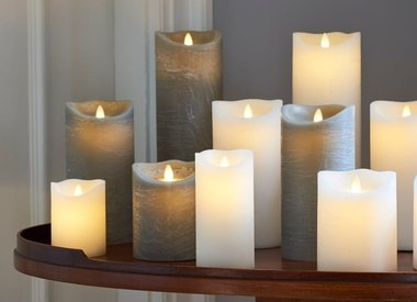 Theelichten , Kaarsen en LED kaarsen