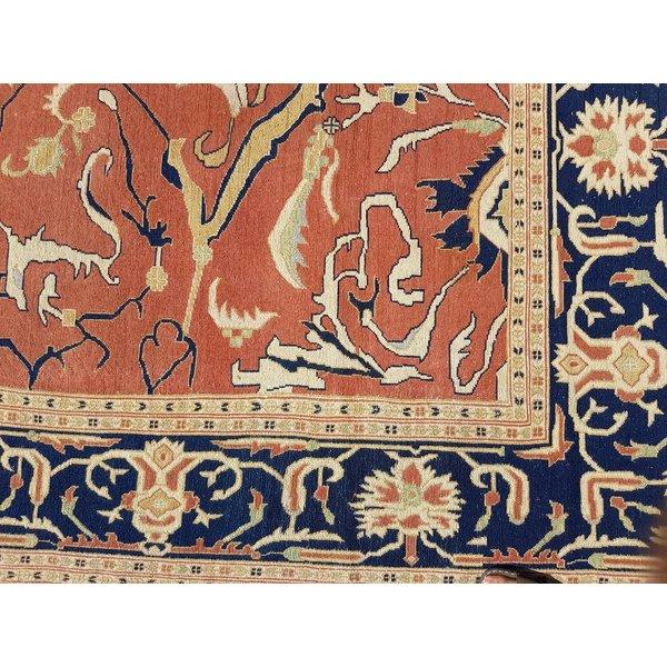 Handwoven Sumak kilim rug 344x267 cm