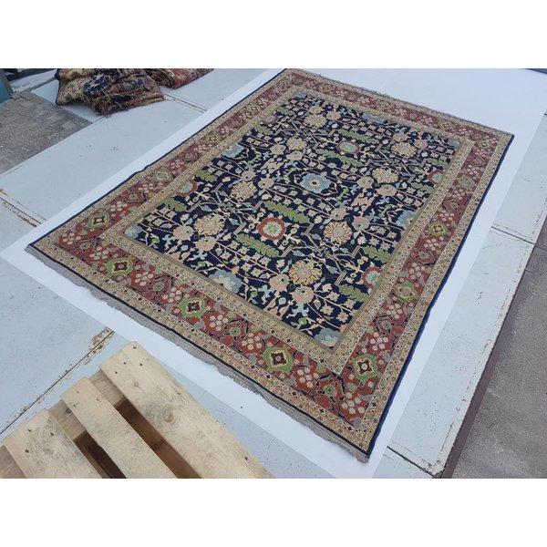 Handwoven Sumak kilim rug 349x264 cm