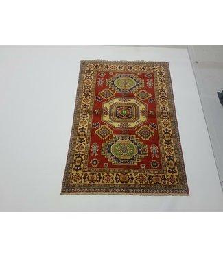 (4'9 x 3'3 ) feet   Hand knotted wool kazak area rug 146 x 100 cm
