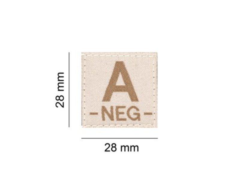 Claw Gear A NEG Bloodgroup Patch (Desert)