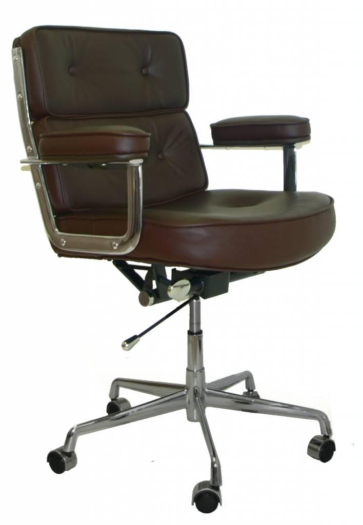 Charles Eames Bureaustoel.Lobby Chair Es104 Design Seats Buy Designer Chairs Online
