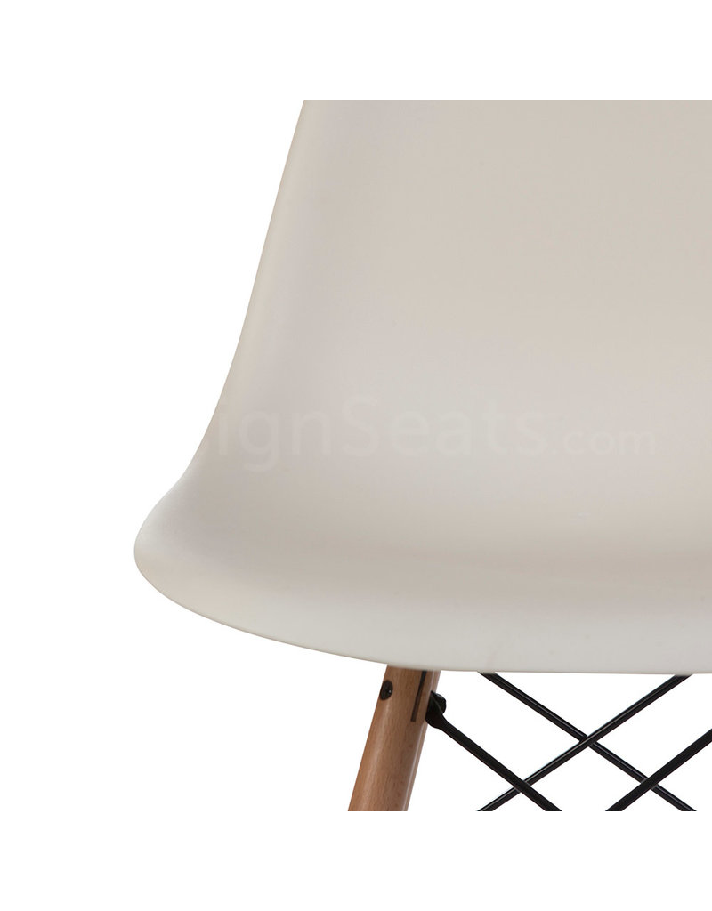 DSW Dining Chair Off White