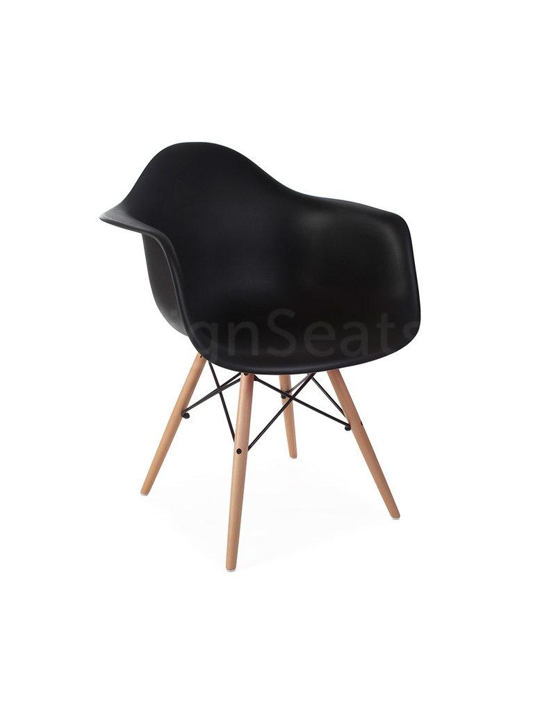 8 Zwarte Design Stoelen.Daw Eames Design Stoel Zwart Design Seats Design Stoelen