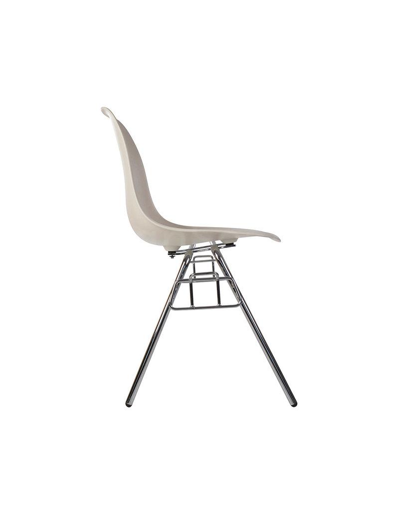 DSS Eames Design Stapelstoel Gebroken wit
