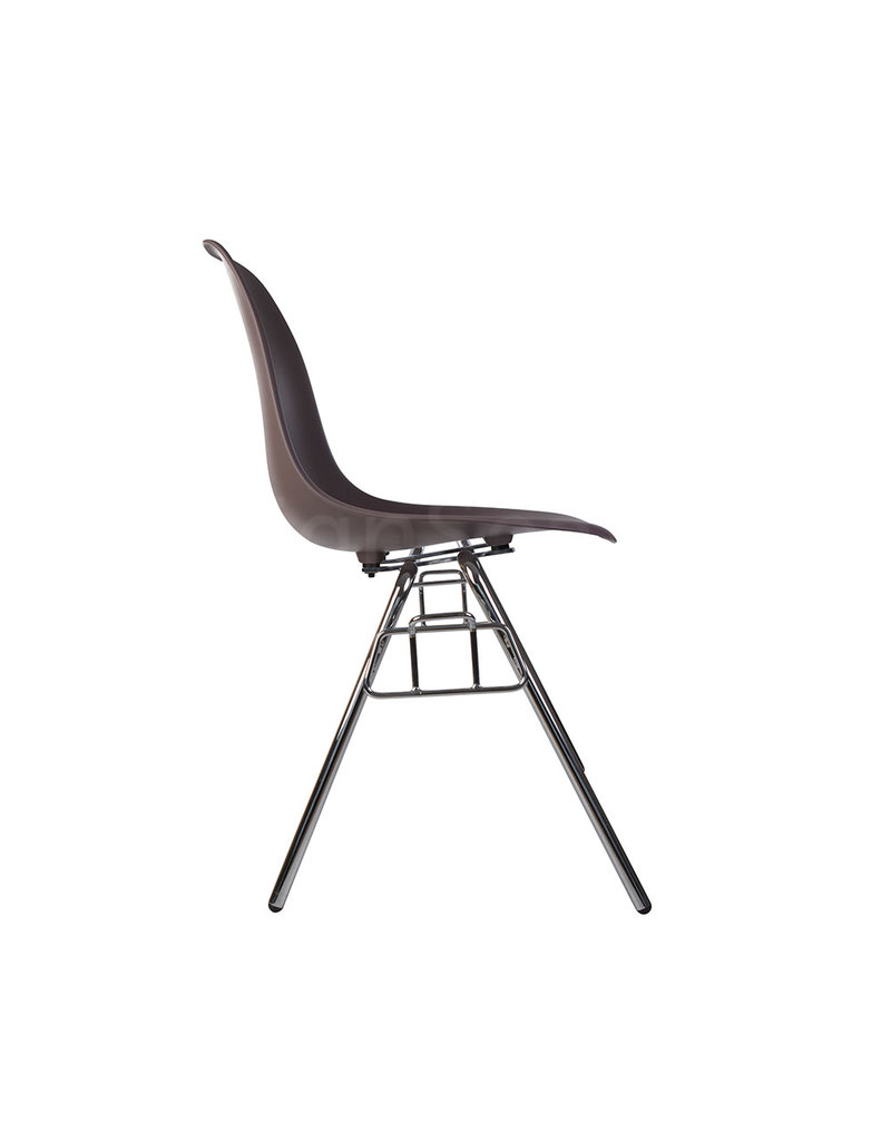 DSS Eames Design Stacking chair Taupe